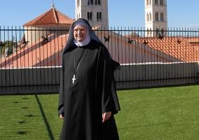 Opatica samostana (1)